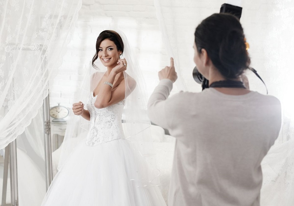 photographer wear during wedding